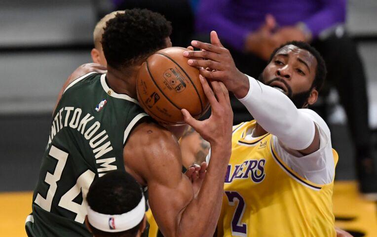 The Fast Break: Nieuwe Lakers-ster valt uit in nederlaag tegen Bucks