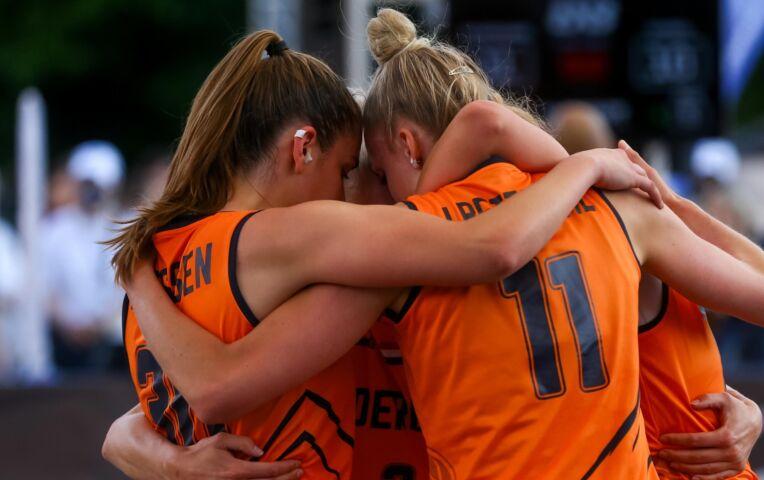 OKT 3x3 Basketbal: Nederlandse vrouwen onderuit tegen Italië