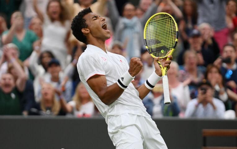 Auger Aliassime naar laatste 8 Wimbledon ten koste van Zverev