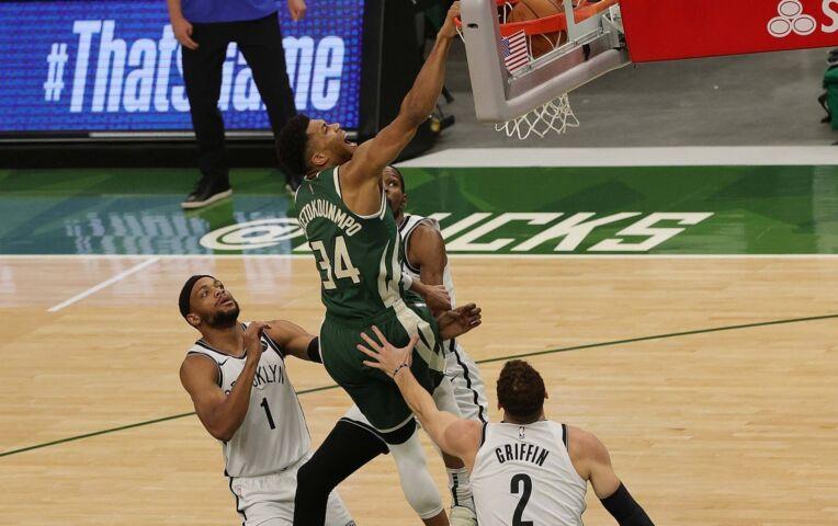 NBA Fast Break: Giannis leidt Bucks langs sterrenteam Nets