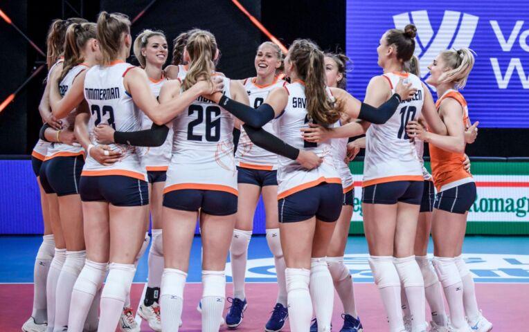 Volleybal: Nederland heeft geen kind aan Canada