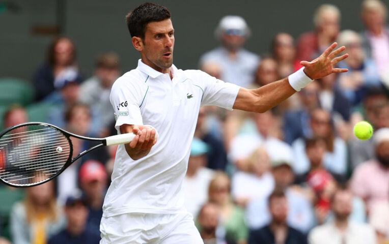 Djokovic makkelijk naar de kwartfinale