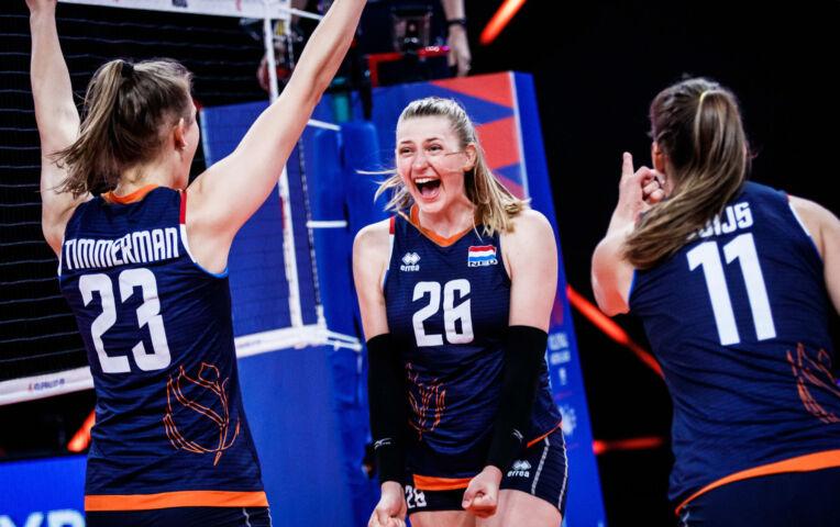 Volleybal: Nederland vecht zich knap terug en wint met 3-2 van Polen