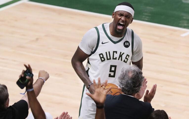 The Fast Break: Bucks winnen cruciale game 5 van Hawks