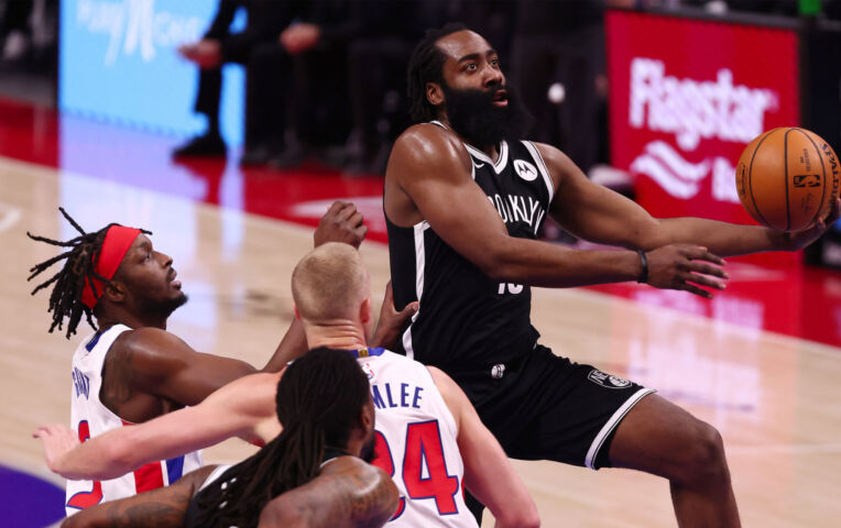 The Fast Break: Harden loodst Nets langs Pistons met 44 punten