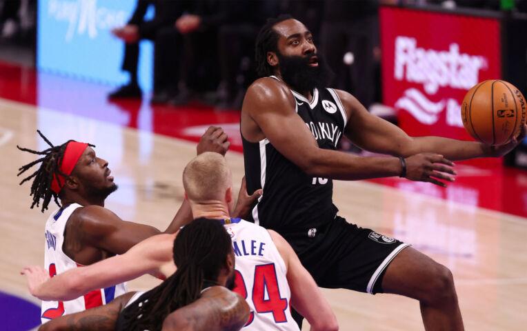 The Fast Break: Harden loodst Nets langs Pistons met 44 punten