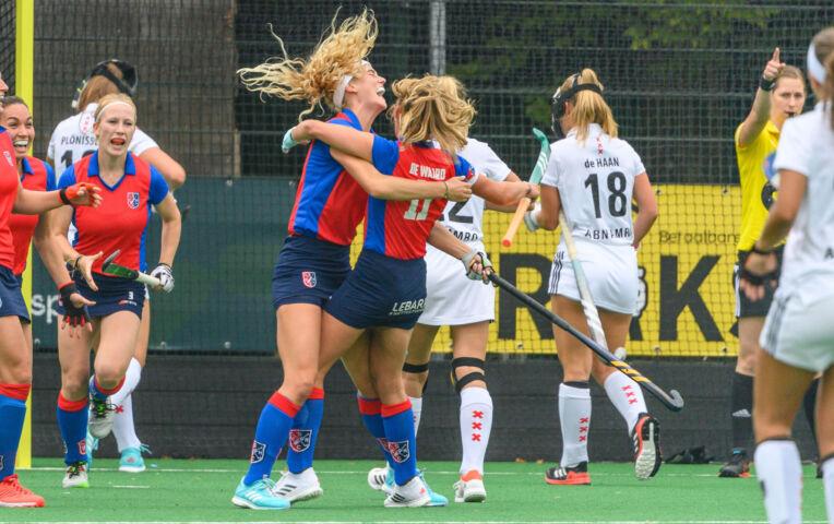 Hoofdklasse Hockey Dames: SCHC - Amsterdam