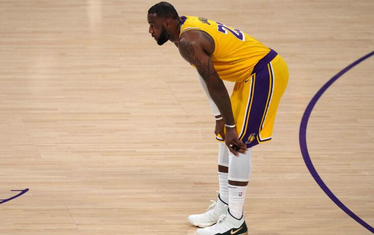 The Fast Break: Historisch play-off verlies voor LeBron James