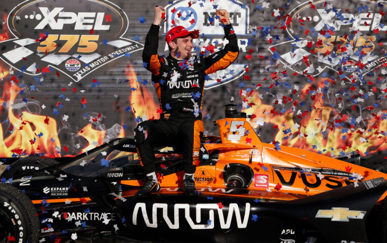 Patricio O'Ward wint in Texas zijn eerste IndyCar race