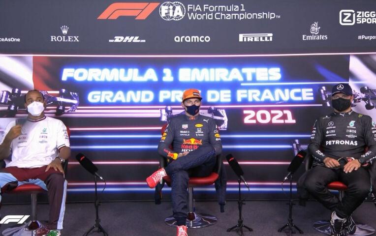 Persconferentie na de kwalificatie van Frankrijk