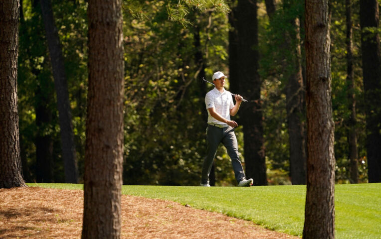The Masters: Spieth in problemen op hole 9