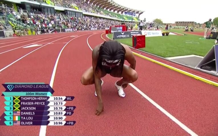 Olympisch kampioen Thompson wint 100 meter in 2e tijd ooit